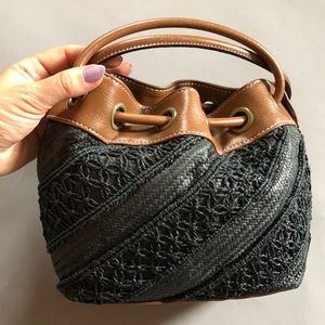Tommy Hilfiger black & brown woven handbag purse